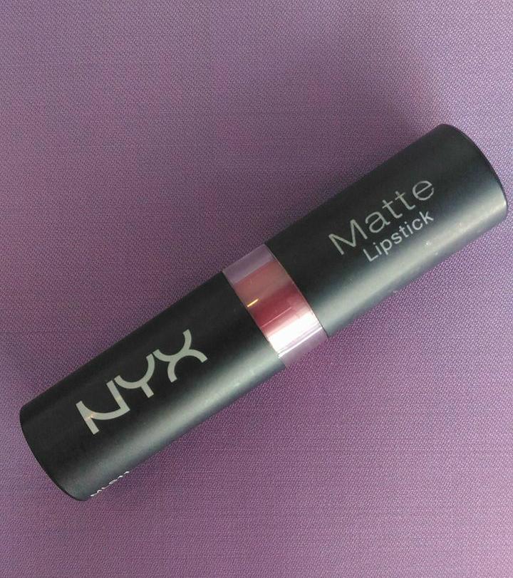 NYX-matte-lipstick-review, NYX-Matte-in-Tea-Rose-shade, lipstick-review, matte-lipstick-review